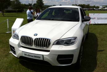 The rather less lovely BMW X6.
