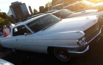 Big Cadillac struggled to fit into regular UK parking bay
