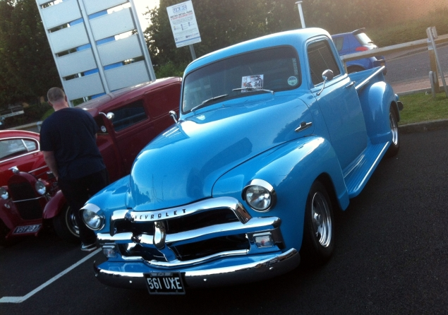 Gorgeous Chevrolet Advance Design pick-up from the mid '50s.