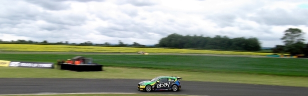 Turkington out in front.