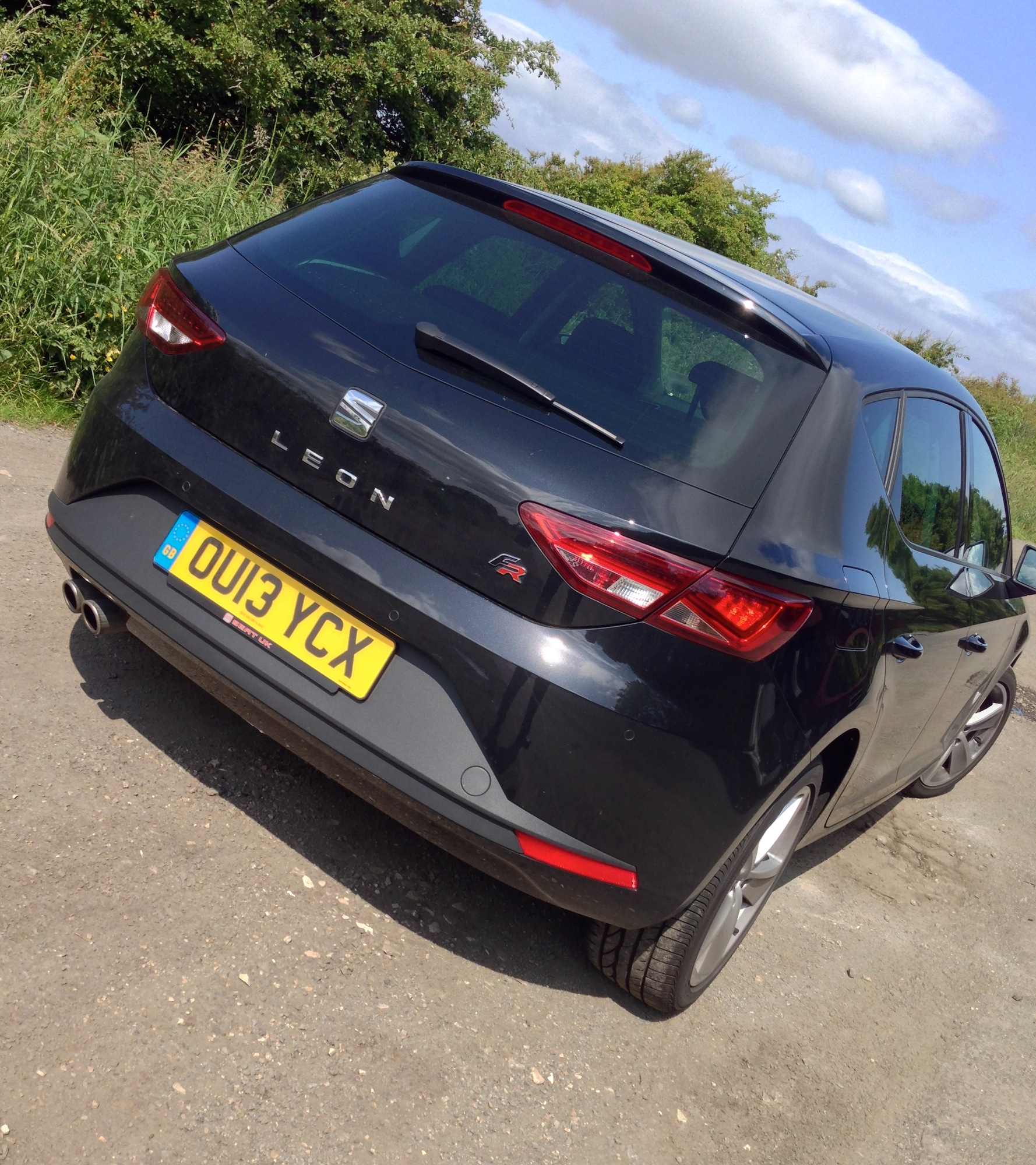 Tame Geek Review Seat Leon Fr 2 0 Tdi Engagesportmode