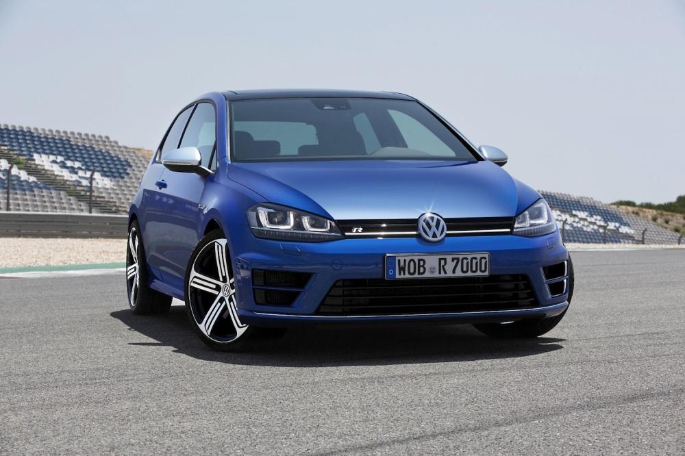 2014 VW Golf R 001