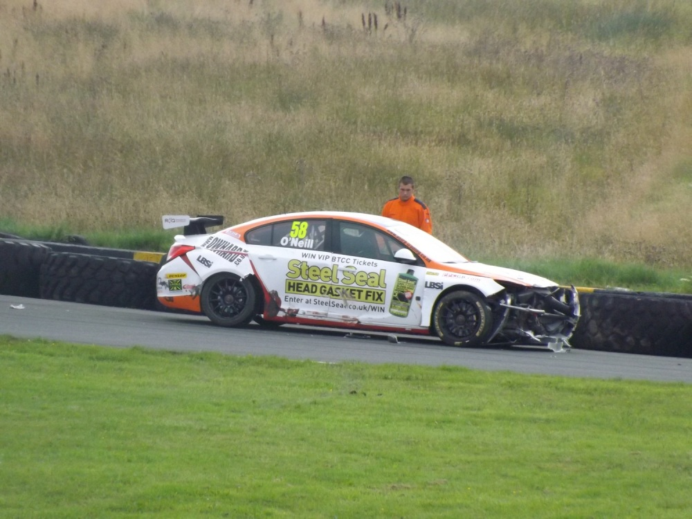O'Neill's car not looking great after his crash.