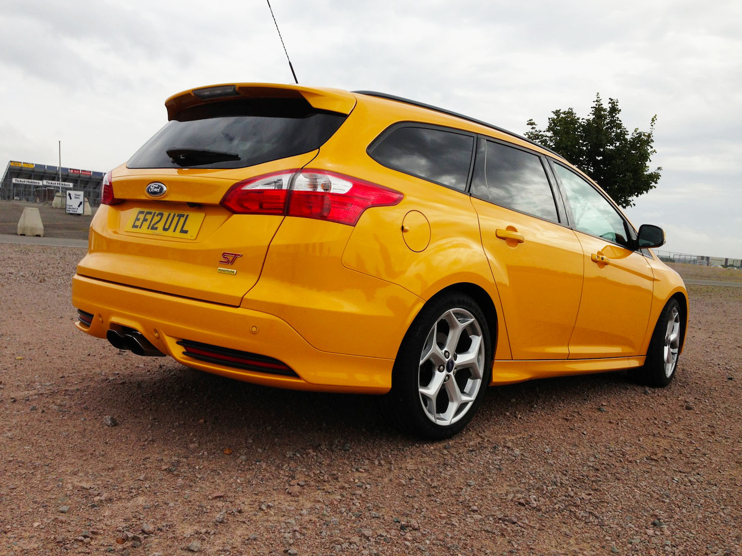Focus St 0 60 >> Short Review – Ford Focus ST Estate Mountune | EngageSportMode