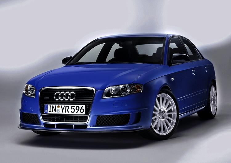 Audi A4 DTM Edition 001