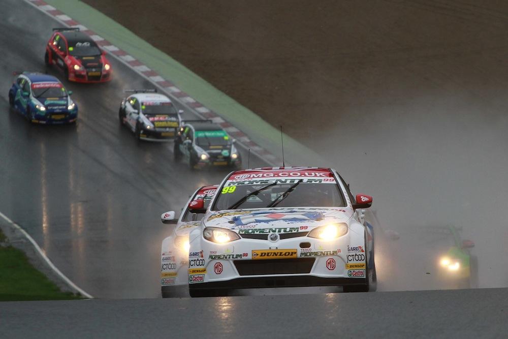 BTCC Brands Hatch GP 2013-001