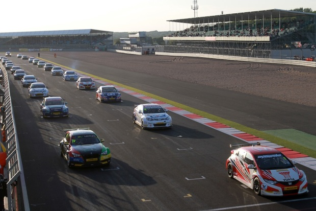 Grid lines up for race three