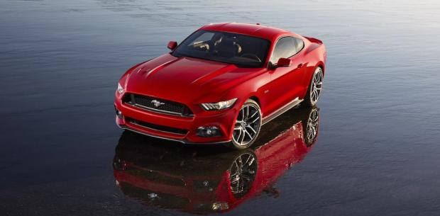 2015 Ford Mustang 001