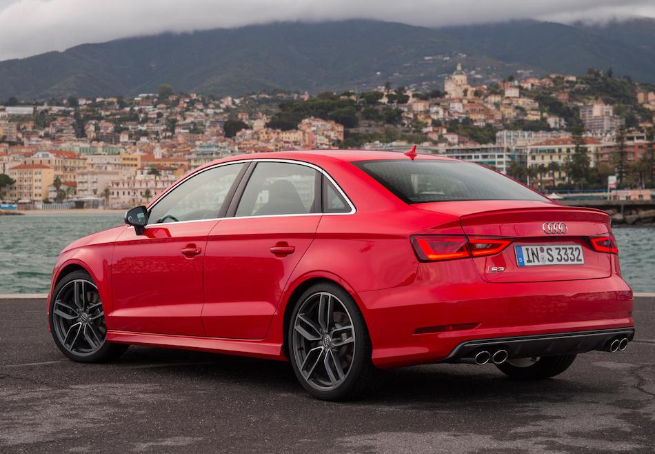 2014 Audi S3 Saloon 002