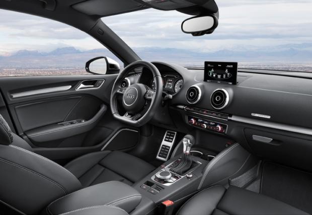 2014 Audi S3 Saloon 004