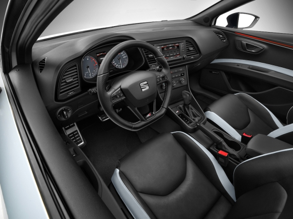 2014 SEAT Leon Cupra 005