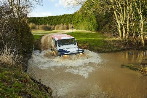 Land Rover Defender Challenge by Bowler 004