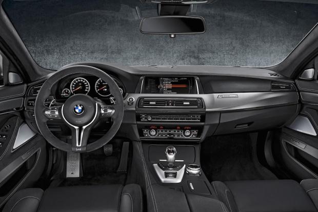 2014 BMW M5 30 Jahre Edition Interior 05