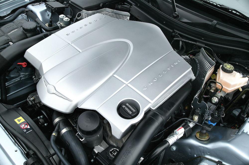 2004 Chrysler Crossfire Engine 001