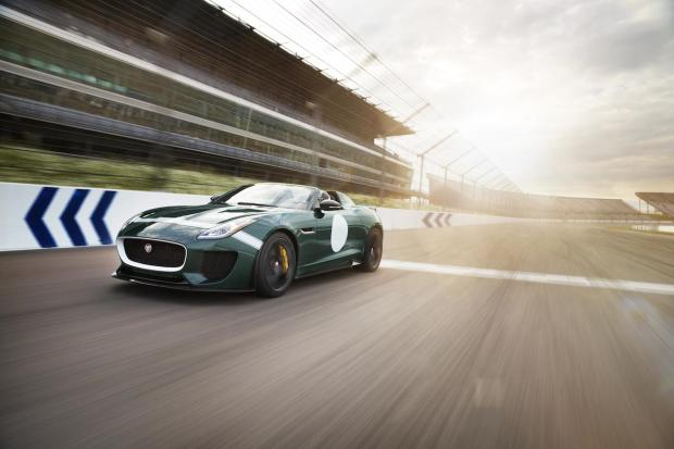 2014 Jaguar F-Type Project 7 01