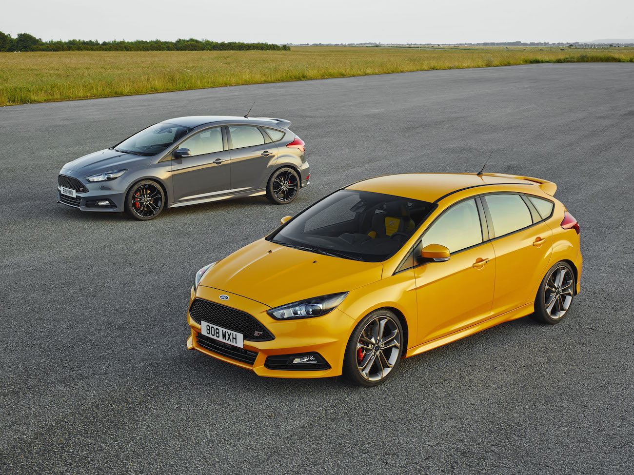 new revised ford focus st engagesportmode. Black Bedroom Furniture Sets. Home Design Ideas