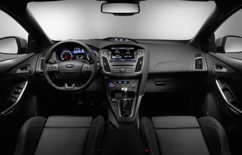 2014 Ford Focus ST Interior 01