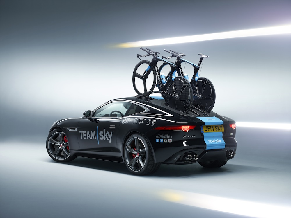 2014 Jaguar F-Type R Team Sky S20C 03