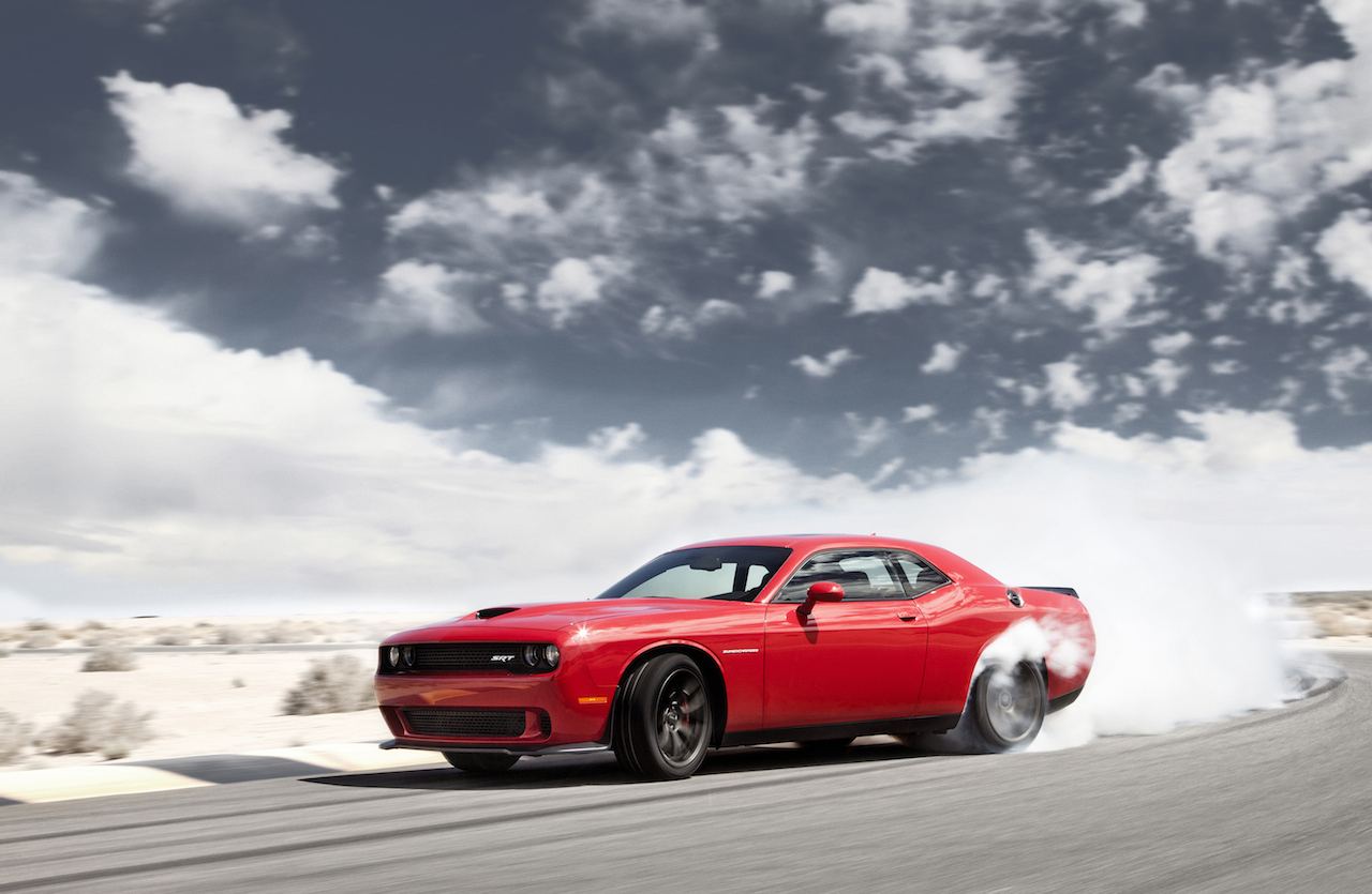 2015 dodge challenger srt hellcat engagesportmode. Black Bedroom Furniture Sets. Home Design Ideas