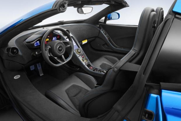 2014 Pebble Beach McLaren MSO 650S Interior 005