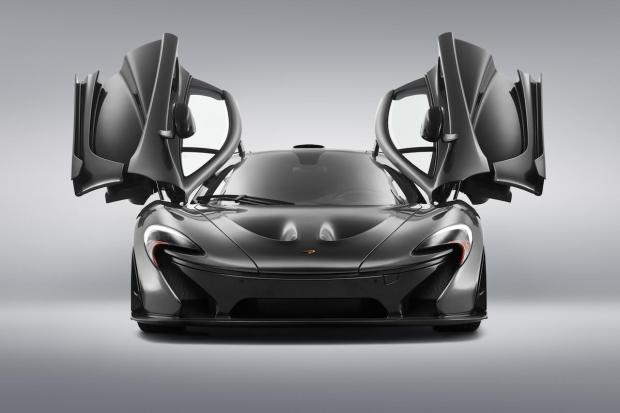 2014 Pebble Beach McLaren P1 005