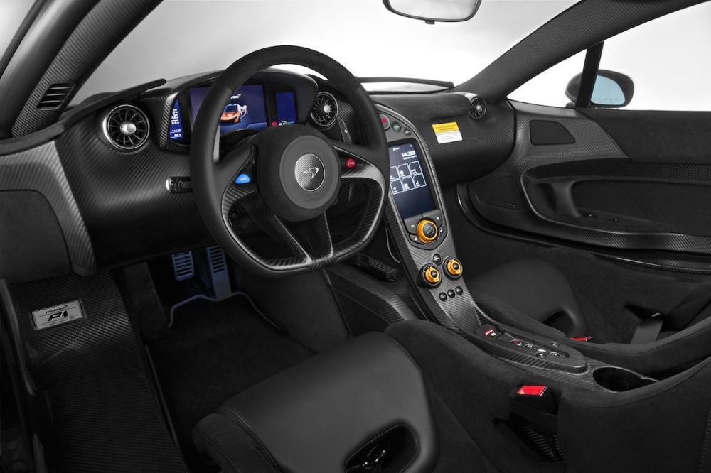 2014 Pebble Beach McLaren P1 Interior 004