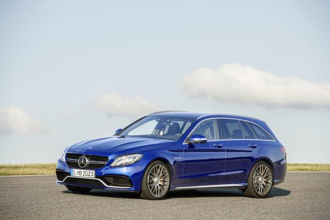 Estate weighs 1,785 kgs compared to 1,715 for saloon