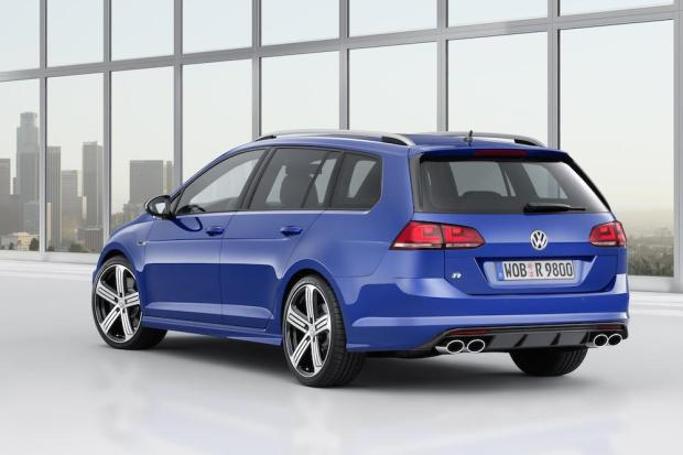 2015 Volkswagen Golf R Estate 002