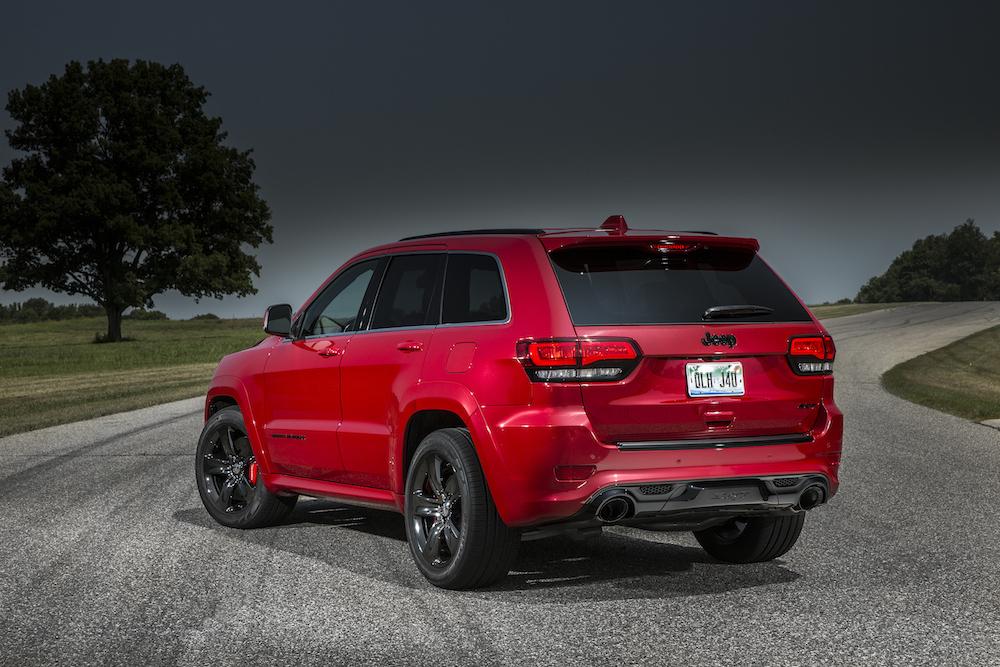 2015 Jeep Grand Cherokee SRT Red Vapor 03