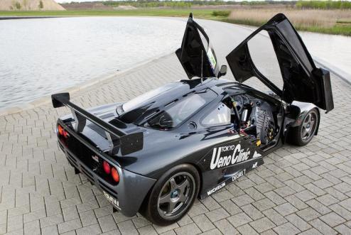 1995 McLaren F1 GTR Ueno Clinic 01