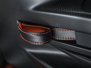 2015 Aston Martin V12 Vantage GT3 Interior_007
