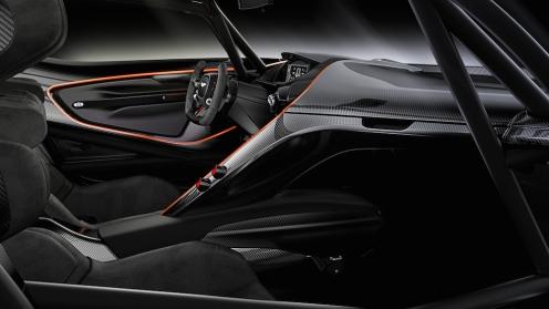 2015 Aston Martin Vulcan Interior_06