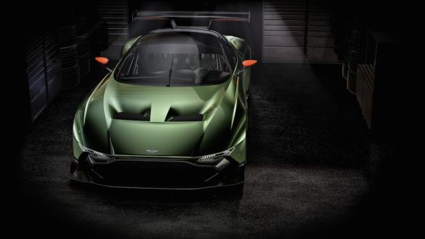 2015 Aston Martin Vulcan_07