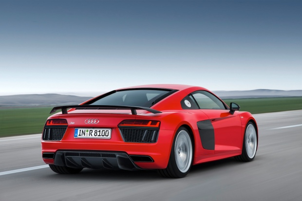 2015 New Audi R8 V10 Plus