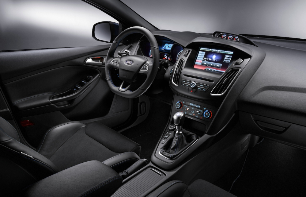 2015 Ford Focus RS Interior 006