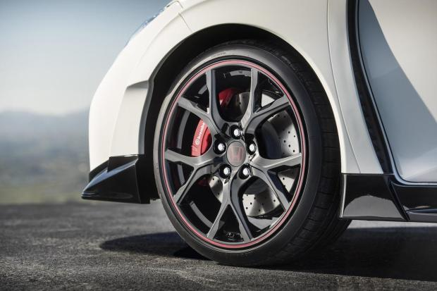 2015 Honda Civic Type-R 201