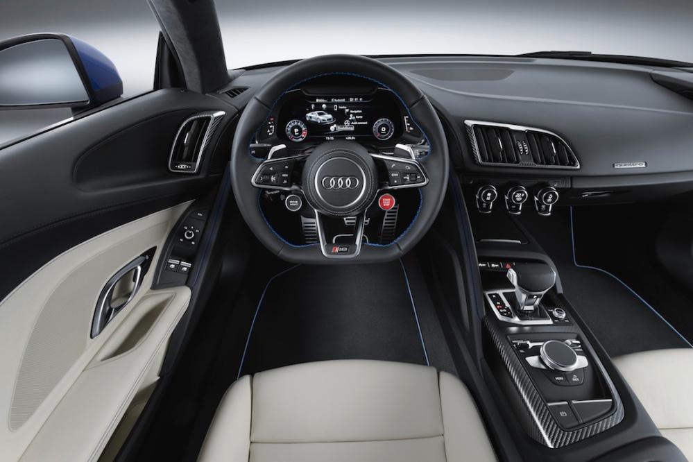 2015 New Audi R8 V10 Interior