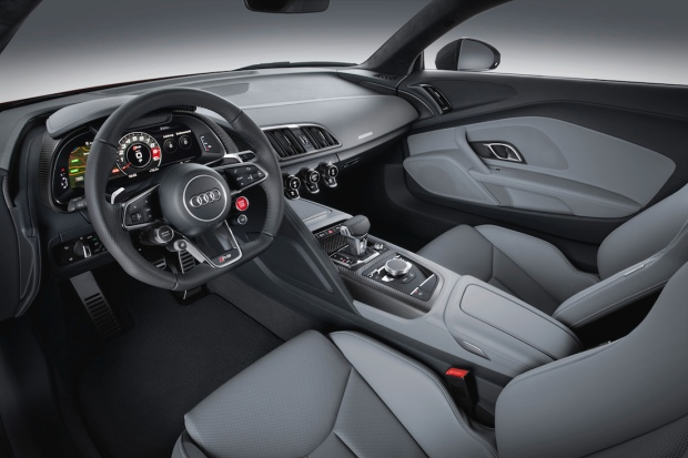 2015 New Audi R8 V10 Plus Interior