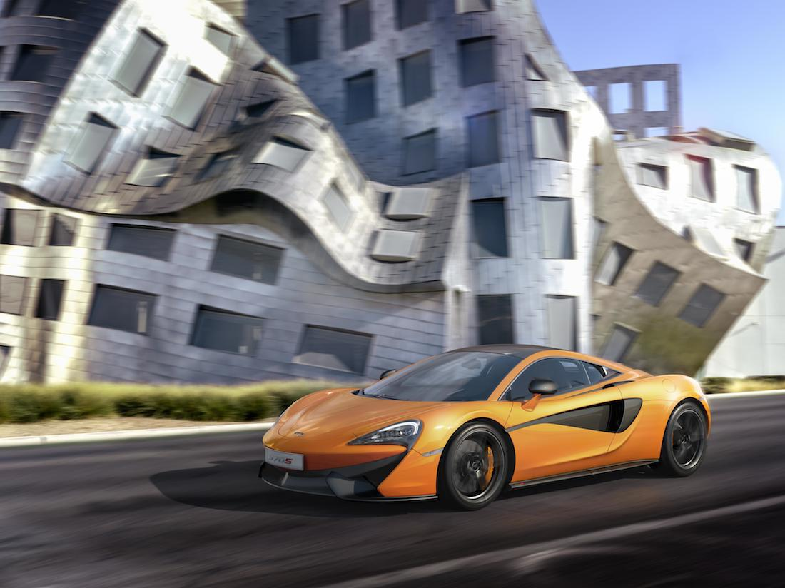 2015 McLaren 570S 01