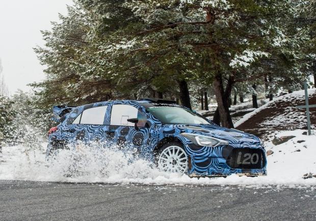 2016 Hyundai i20 WRC 002