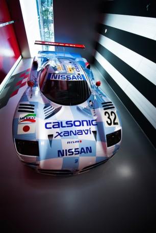 1998 Nissan R390 GT1 001