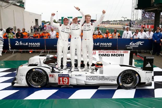 2015 Le Mans Porsche 919 Race 002