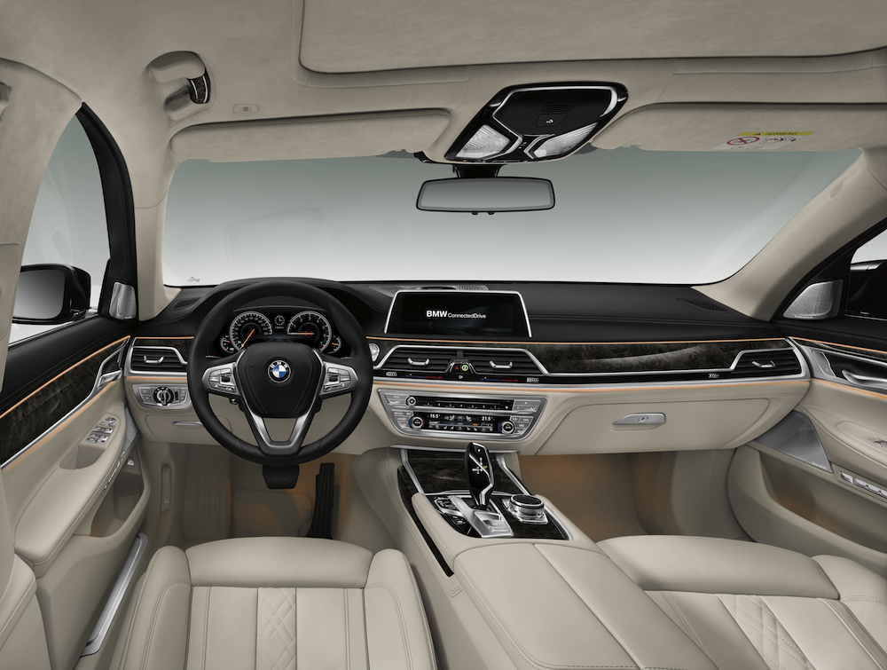 2016 BMW 7 Series G11-G12 Interior 005