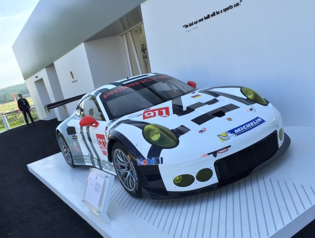 2015 Goodwood FOS Porsche 911 RSR