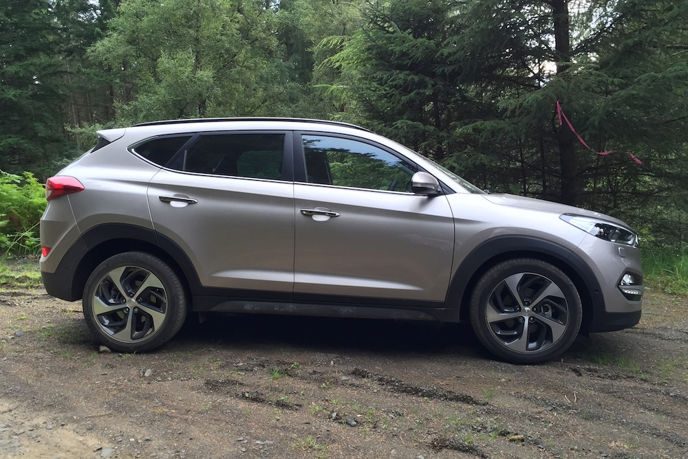 Aston Martin Newcastle >> Friday Photo – All-New 2015 Hyundai Tucson UK Launch ...