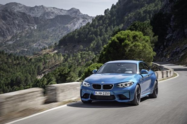 2015 BMW M2 001