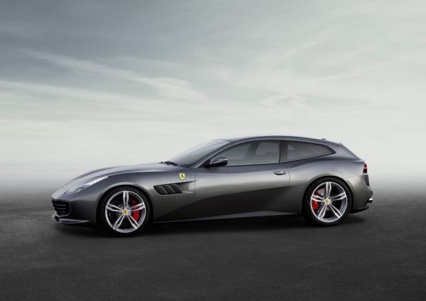 2016 Ferrari GTC4Lusso