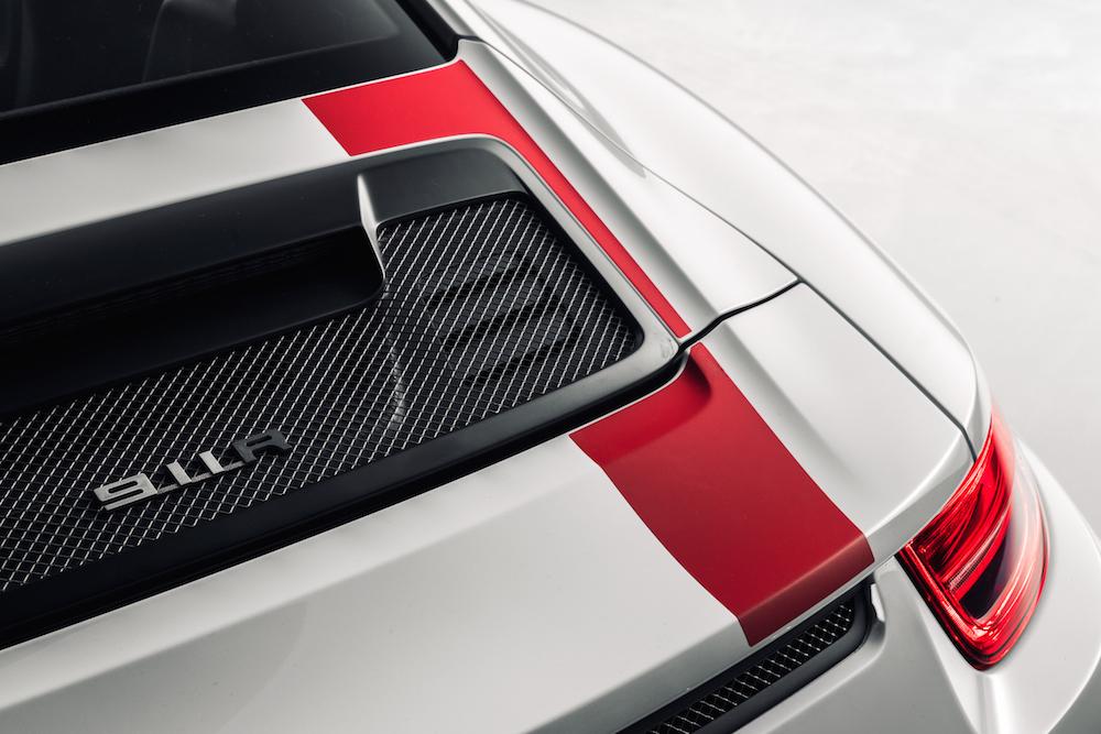 2016 Porsche 911 R 009