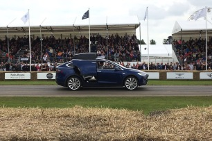 2016 Goodwood FoS Tesla Model X