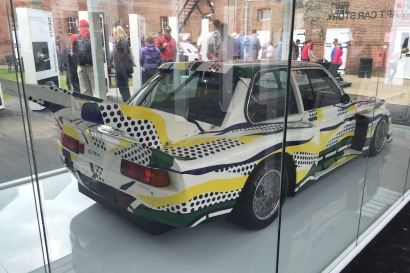 2016 Goodwood FoS 1977 BMW 320i Art Car 01